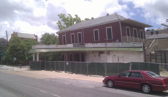 Developers would replace the defunct French Quarter gas station with a large chain restaurant.
