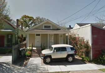 Google map illustrated the continued use of the front yard at  826 Octavia for un-permitted parking.