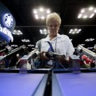 Battle over gun regulations in U.S. heats up after Sandy Hook shooting